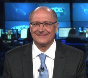 Alckmin diz ao JN que chefes de facção não dão ordens de dentro do presídio e nega irregularidades no Rodoanel