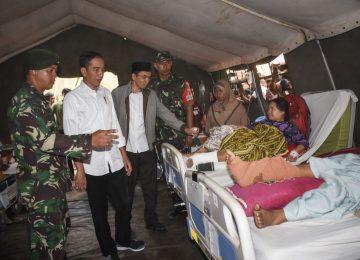 Número de mortos no terremoto da Indonésia passa de 400