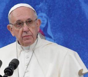 Papa expulsa do sacerdócio padre chileno Fernando Karadima por abuso sexual