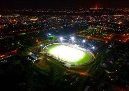 Estádio André Kamperveen ganhou iluminação de LED