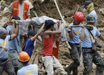 Tufão Mangkhut deixa dezenas de mortos, mineiros presos nas Filipinas e milhões de deslocados na China