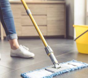 Ter um marido pode aumentar em 7 horas o trabalho doméstico de uma mulher