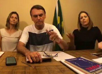 Bolsonaro critica os que dizem que ele é risco à democracia e protesta contra vídeo do MTST que diz que a casa dele será invadida