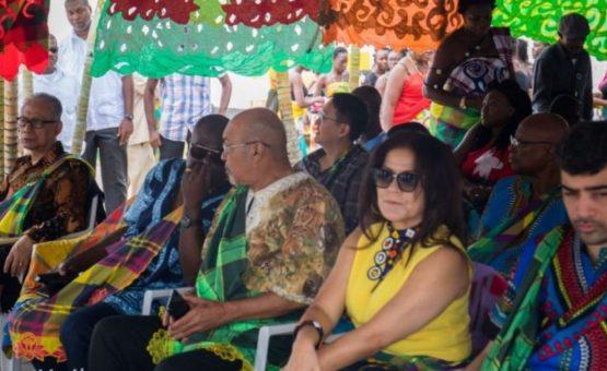 Presidente Desi Bouterse participa das comemorações do dia dos quilombolas no Suriname