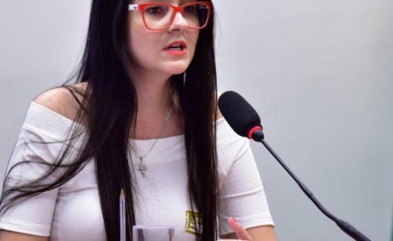 MPSC entra com ação contra deputada eleita pelo PSL que incitou alunos a denunciarem professores