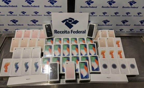 Receita Federal apreende 51 iPhones importados de forma irregular no aeroporto do Recife