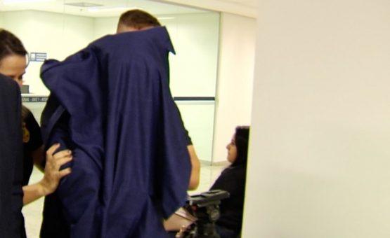 Médico preso por importunação sexual contra paciente é solto após pagar fiança, em Goiânia
