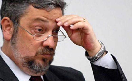 TRF-4 concede prisão domiciliar a Antonio Palocci