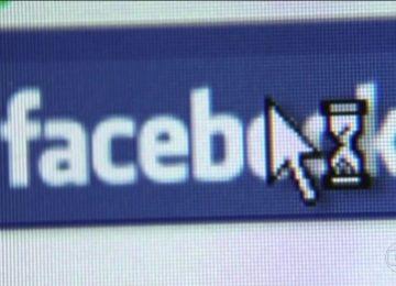 Usuários afirmam que Facebook fica fora do ar