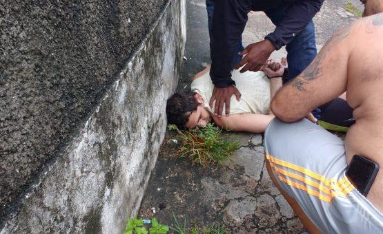 Suspeito de matar ex-mulher no Rio é pego por familiares da vítima