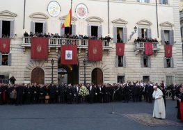 Papa pede respeito aos direitos humanos das famílias migrantes
