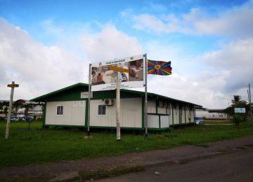 Trop Clinic em Paramaribo oferece medicamentos e tratamento gratuitos contra a malária