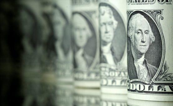 Com sinais de alívio do mercado, real é a moeda que mais se valoriza no ano e Bovespa tem 2ª maior alta global