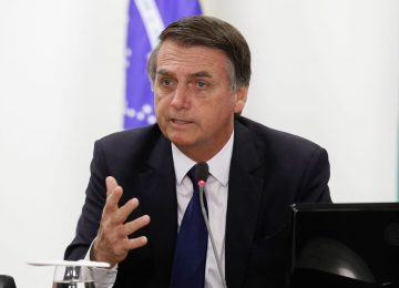Bolsonaro lamenta tragédia e irá visitar Brumadinho