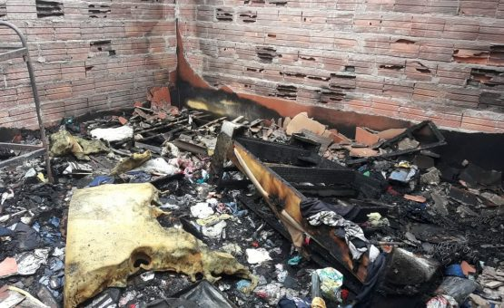 Marido abandona velório de esposa para tentar salvar casa de incêndio em SP