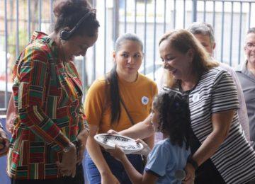 Delegação do Suriname visita escolas em Belém do Pará