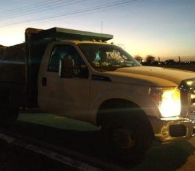 Dois caminhões com ajuda humanitária deixam Boa Vista em direção à Venezuela; fronteira segue fechada