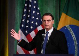 Bolsonaro diz que tem apoio dos EUA para 'libertar Venezuela'