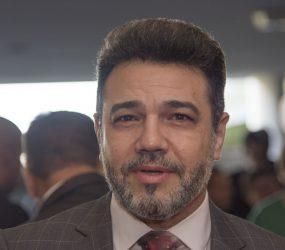 Marcos Feliciano ataca Mourão no Twitter e fala de impeachment de vice