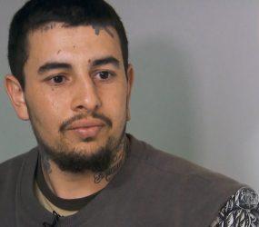 Ex-skinhead é condenado a 20 anos por esquartejar e congelar corpo de tia em geladeira em 2015