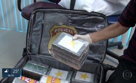 Mãe e filha são presas por tráfico internacional de drogas no Aeroporto Salgado Filho