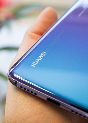 EUA dizem que darão licenças de vendas para Huawei se segurança nacional for protegida