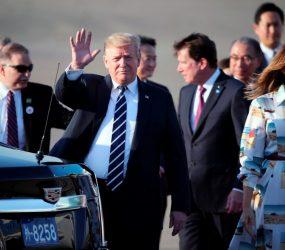 Trump desembarca em Tóquio para visita oficial de quatro dias