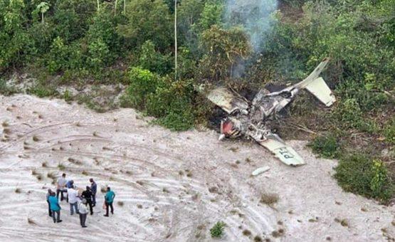 Aeronave brasileira cai no Suriname (Fotos)