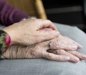 Pesquisa brasileira comprova que remédio usado por pacientes com Parkinson causa arritmia cardíaca