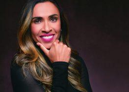 """Marta estampa capa da Vogue e brasileiros comemoram: """"Rainha de tudo"""""""