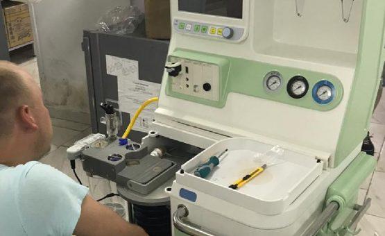 Russische overheid doneert medisch apparatuur