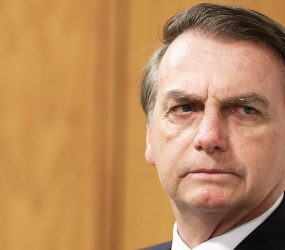 Bolsonaro diz que 'tendência' é enviar Forças Armadas para combater incêndios na Amazônia