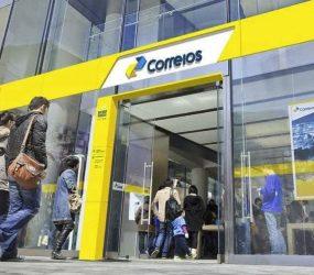 No Brasil funcionários dos Correios suspendem paralisação em todo o país